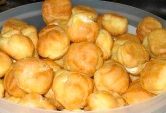 Профитроли. Очень простые и вкусные заварные пирожные!
