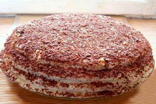 Торт «Пчелка»: очень вкусный и нежный
