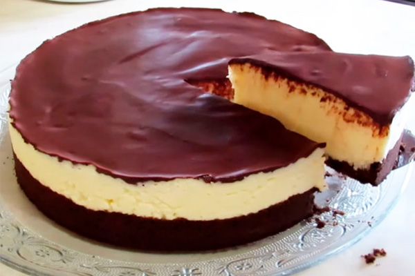 Нежный торт «Баунти» без выпечки и без желатина