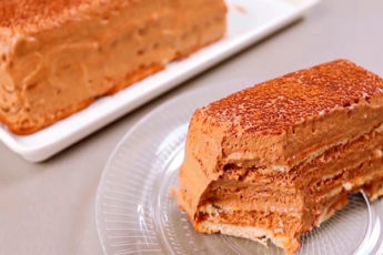 Шоколадный торт без выпечки с пышным кремом