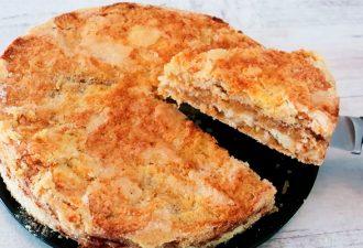 Насыпной яблочный пирог: очень просто и вкусно