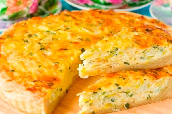 Пирог с капустой и сыром: уютная выпечка