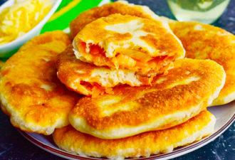 Мягкие и безумно вкусные пирожки на кефире «Лапти» с капустой