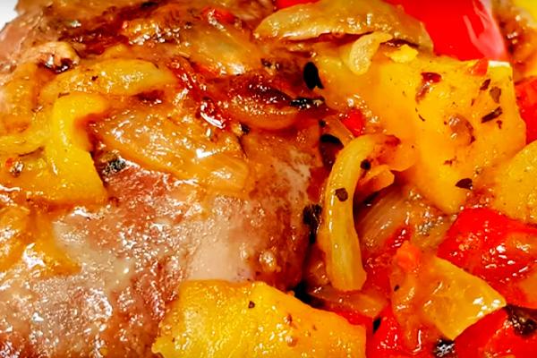 Печень с яблоками — незабываемо вкусно и просто!
