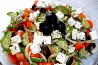 Как правильно приготовить греческий салат