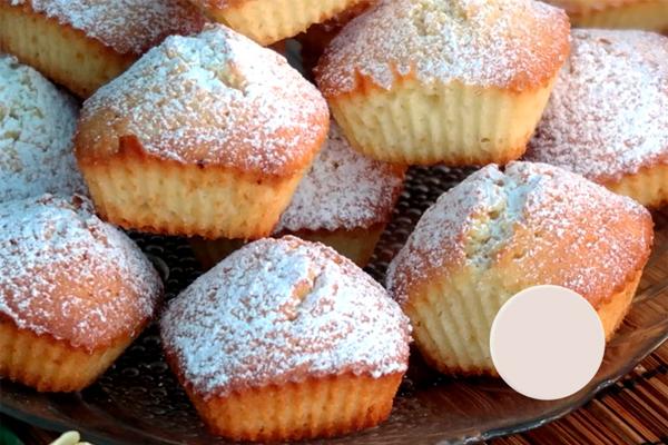 Самые простые и вкусные кексы