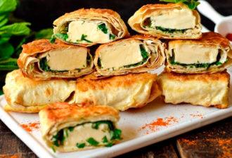 Необычная закуска из лаваша с плавленым сыром