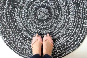 Пестрый коврик своими руками