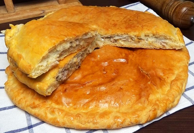 """Вкусный пирог """"Чуду"""" с начинкой из мяса и картошки"""