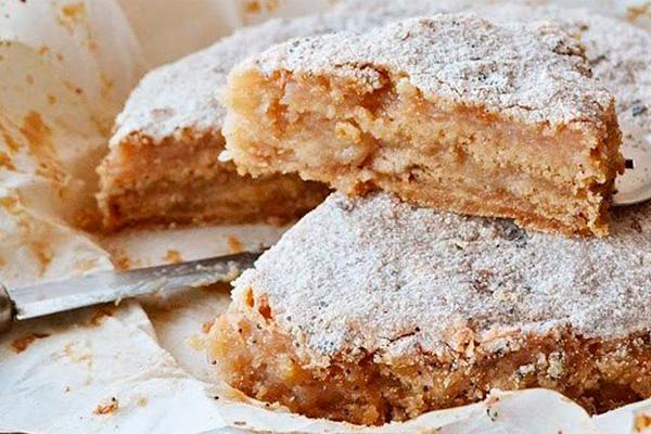 Насыпной яблочный пирог: не нужно возиться с тестом