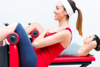 Чтобы убрать живот, выполняйте эти упражнения