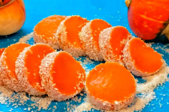 Замечательный десерт без выпечки всего из трех ингредиентов и за 3 минуты. Из тыквы и без желатина