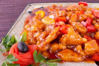 Вкусное и оригинальное блюдо: свинина в кисло-сладком соусе