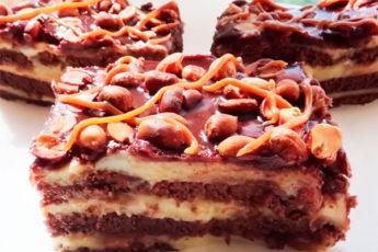 Торт «Сникерс» без выпечки на скорую руку
