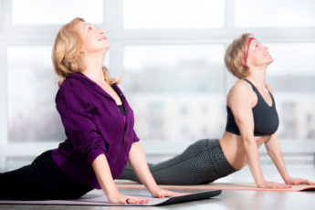 Комплекс упражнений для женщин 40+, который продлит молодость тела
